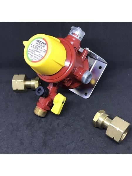 Автоматичний перемикаючий клапан AUV-ND 4 кг/год 37 мбар М20x1,5xAG G1/2 GF-адаптер  ПСК