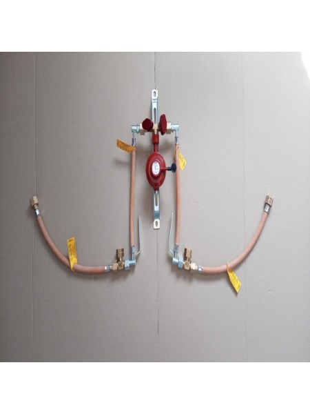 Рампа пропанова на 4 балони 4кг/год 50 mbar (ручна робочий та резервний), комплект